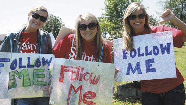 0423_follow-me-girls