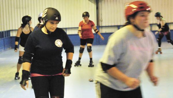 Sweet Home Wreckers' Heather Helms participates in practice Saturday.   Andrew Garner/Star-News