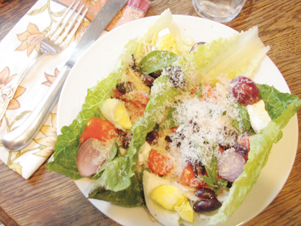 Salads are quick, nourishing meals and easy to make. Connie Anderson/Star-News